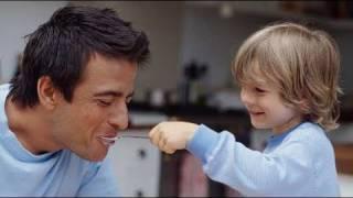 Errores y consejos para enseñar buenos hábitos en la mesa a los niños