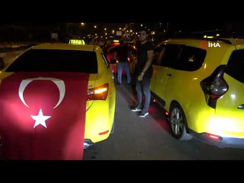 Yasak işlemedi: Yüzlerce taksici eylemde!