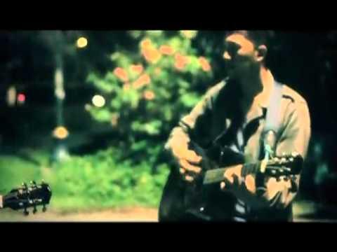 Kuas Cielo-Water Reborn (live acoustic at taman kencana,Bogor)