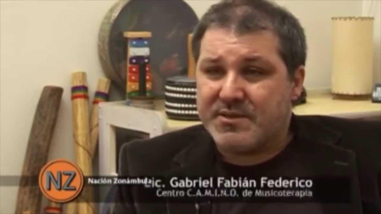 """Gabriel Federico, embarazo adolescente en Tv """"Nación zonámbula"""""""