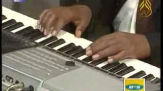 تحميل اغاني اميمة والمجموعة - حب وامل - اغاني واغاني 2010 MP3