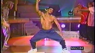 Shemar Moore dances on Soul Train Line (2001)