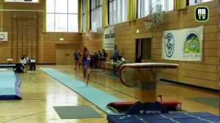 preview picture of video 'Sophia Seese - Kunstturnen Damen - Regionalliga Mitte 2012 - 3. Wettkampftag'