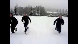 preview picture of video 'Sprints im Tiefschnee - Sprint-exercise in the snow'