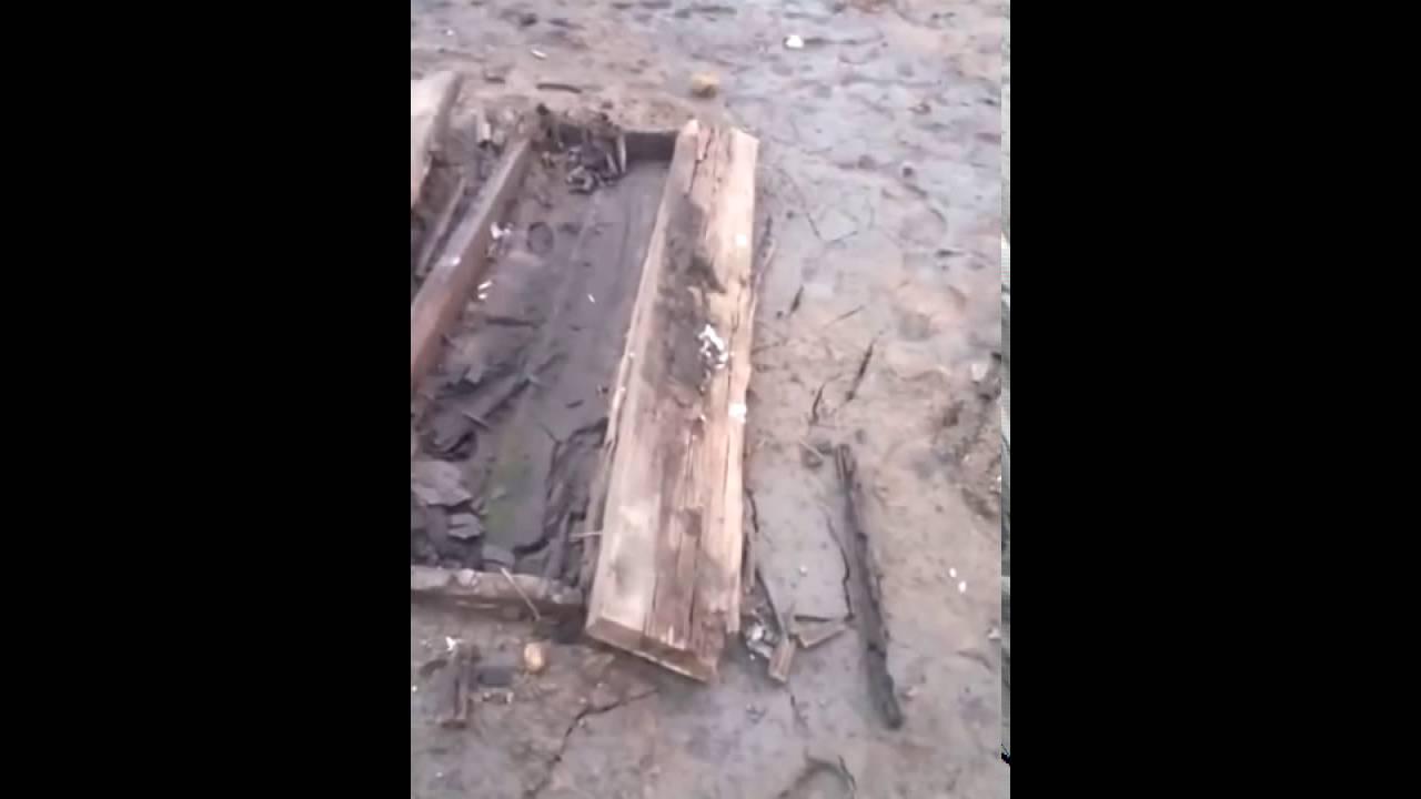 На Братском водохранилище всплыло старое кладбище
