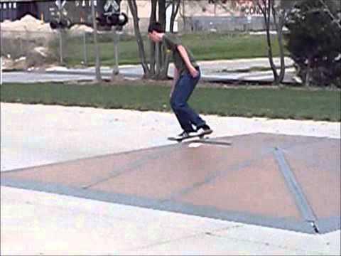 Skateboarding@Effingham Skate Park