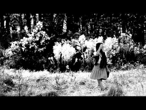 "Hollus / Presents-""Lucy Grey"""