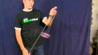 Смотреть онлайн Обучение трюку с йо-йо бумеранг для начинающих