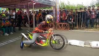 Drag Bike Thailand  на прокаченных мопедах