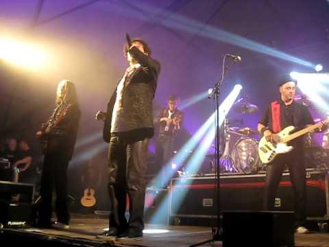 Lindefeesten - Band Zonder Banaan - Lucht Kasteel - 22 april 2011 Sambeek