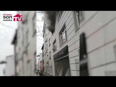 أم تركية تنقذ أطفالها من حريق برميهم من النافذة