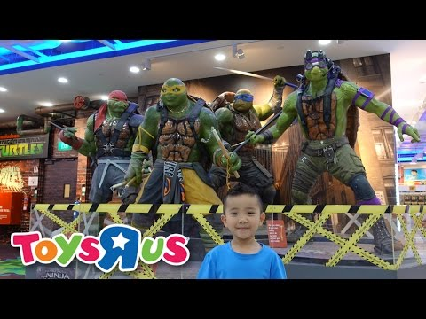 Holiday Toy Hunt At Toys R Us Ninja Turtles Thomas Power Rangers Paw Patrol Lego Batman Ckn Toys