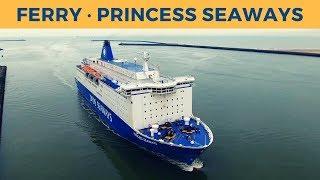 Arrival of ferry PRINCESS SEAWAYS in IJmuiden (DFDS)