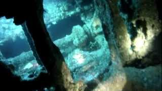 preview picture of video 'Diving the HMAS J4 Submarine Wreck (26m depth)'