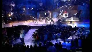 Impacto y Ella me Levanto - Daddy Yankee (Live)