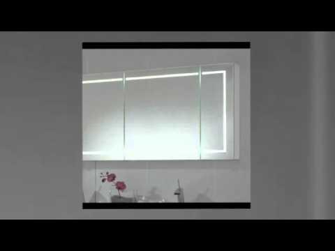 Spiegelschrank mit Steckdose