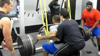 NFL FB Jeff Logan 615 lb. Chamerbered Squat!