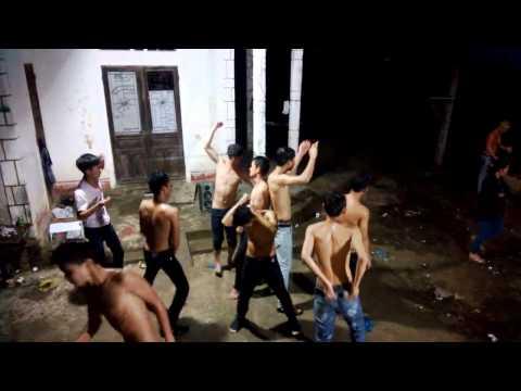Vãi cả thanh niên Quảng Bình