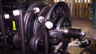 Дископравильный станок Сириус-универсал полуавтомат от компании АвтоСпец - видео