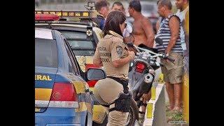 Драка Полиции и молодежи в бразильском метро
