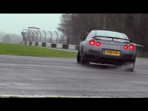 2012 BMW M5 vs Nissan GT-R Driven & Drifted