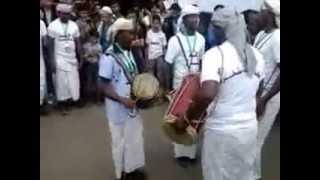 preview picture of video 'رقص شعبي من محافظة سقطرة Sanaa tournée des festivals d'été en 2014'