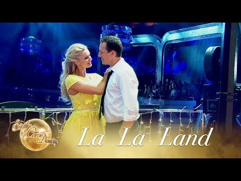 The Strictly team do 'La La Land' - Strictly Come Dancing 2017