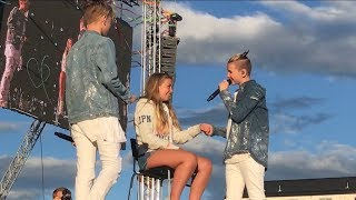 Marcus & Martinus- First kiss (Voldsløkka, Oslo) BRINGS GIRL UP ON STAGE!