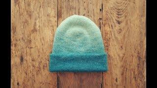 Двухсторонняя шапка от макушки с градиентом. МК.