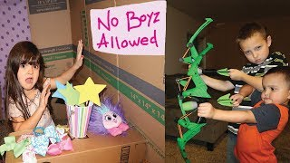 GIRLS ONLY Box Fort vs. BROTHERS