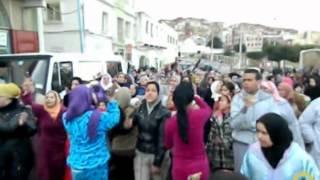 preview picture of video 'مسيرة احتجاجية  لسكان حي الرويضة بوزان تندد بجريمة اغتصاب أطفال قاصرين'
