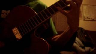 Keith Whalen - Small Clips on the Hofner H5