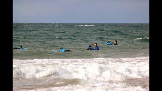Projecto Surf para a empregabilidade da Associação Surf Social Wave começou cheio de boas ondas