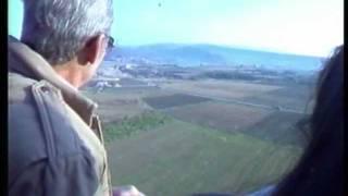preview picture of video 'Jean-Marc Culas  Ballonflotte über Forcalquier (3)'