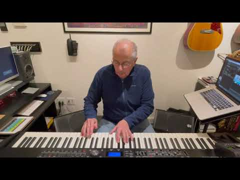 Video for The Famous E Electric Piano - Mulberry Street Solo (George Mamalakis)
