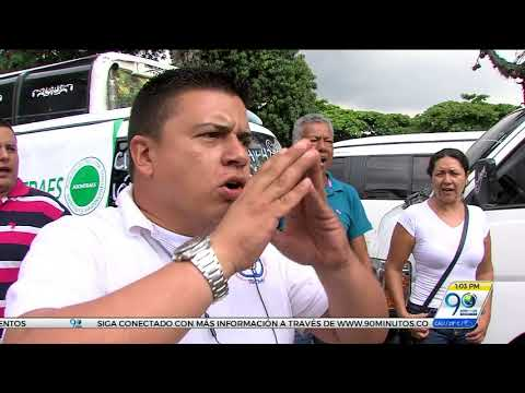 Conductores de transporte especial de Cali protestaron para rechazar chatarrización