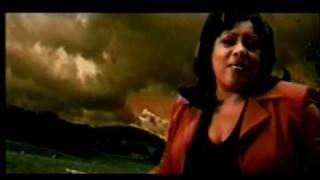 Dos Locos - Monchy y Alexandra (Video)