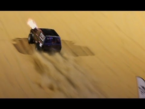 Uphill Sand Dragrace with more HUGE turbos