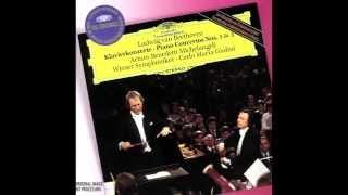 Beethoven - Piano Concerto No. 1 (Michelangeli, Giulini)
