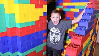 LAST to Leave the LEGO BATTLE BUS Wins 10,000 V-Bucks