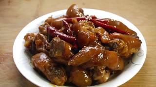 【小胖在西北】猪蹄不要烤着吃了,媳妇用特色做法秘制,老公一次啃了3斤