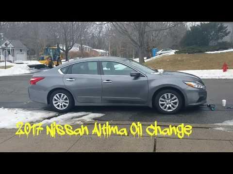 2017 Nissan Altima Oil Change