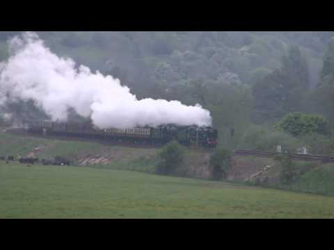34052 'Lord Dowding' & 46100 'Royal Scot' on Claverton Bank …