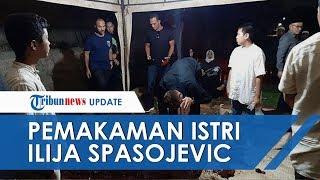 Duka Mendalam Ilija Spasojevic Antarkan Jenazah sang Istri ke Pemakaman, Tak Kuat Tahan Air Mata