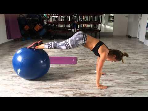 Jak zbudować mięśnie klatki piersiowej dziewcząt