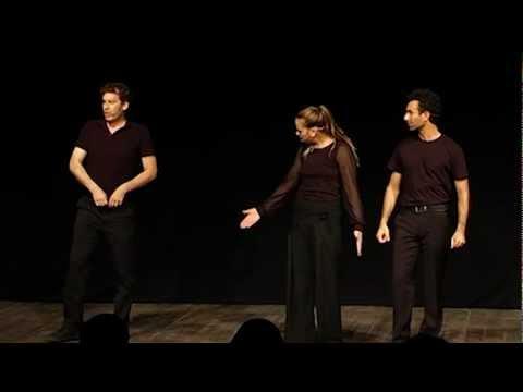 """תיאטרון """"אינקובטור"""" מסכם את ההיסטוריה של ירושלים בהומור"""