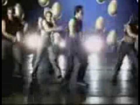 LUIS FONSI - NO TE CAMBIO POR NINGUNA (MUSIC VIDEO)
