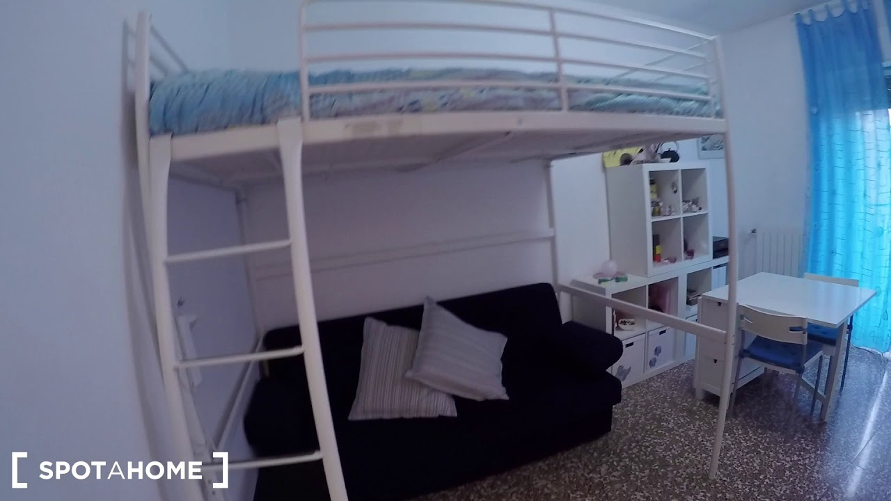 Cozy studio apartment with balcony for rent in Vigentino