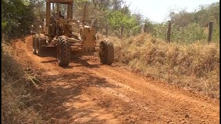 Sem ação do poder público, produtores rurais arregaçam as mangas e recuperam estrada vicinal