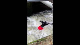 preview picture of video 'WhiteWater Action Medway  Kayaking Yalding 6-11-11'